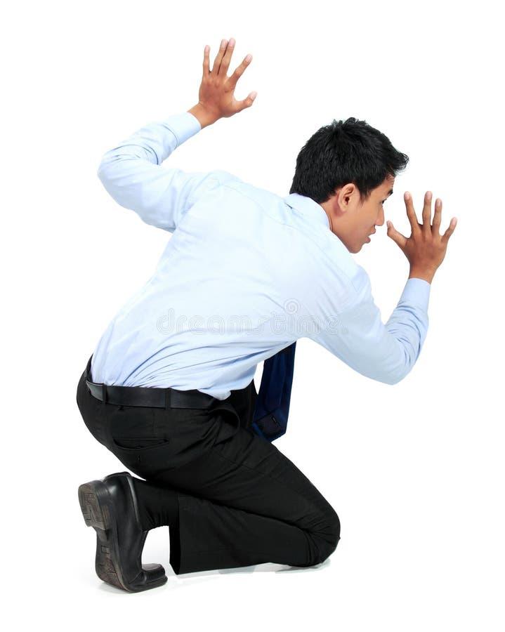 Download Бизнесмен представляя для схематического фото Стоковое Фото - изображение насчитывающей вытягивать, мужчина: 37927400