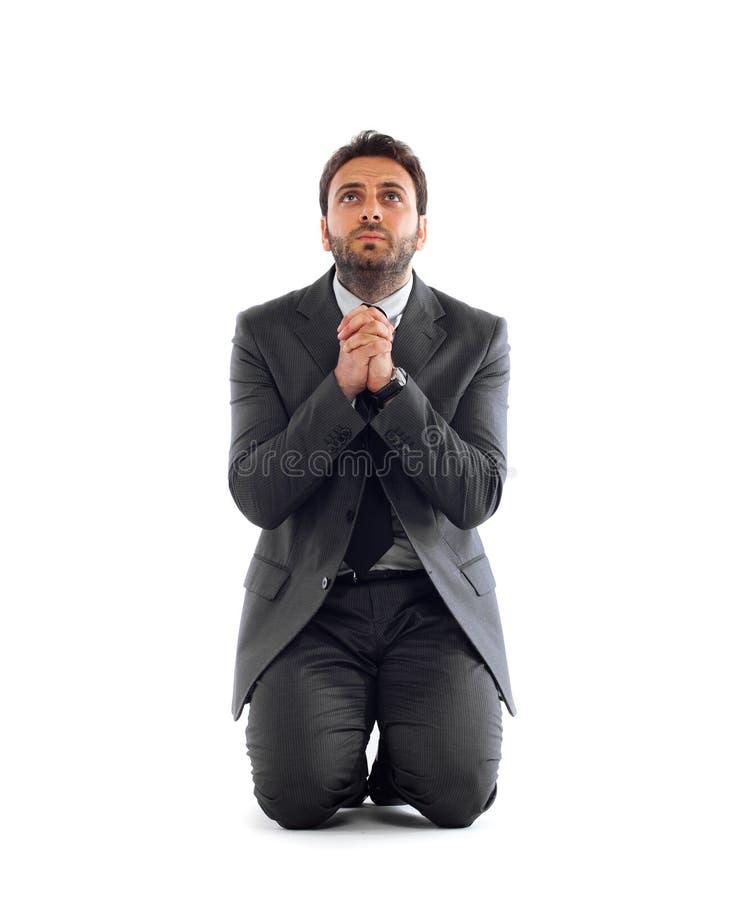 Бизнесмен признает в kneeling стоковая фотография rf
