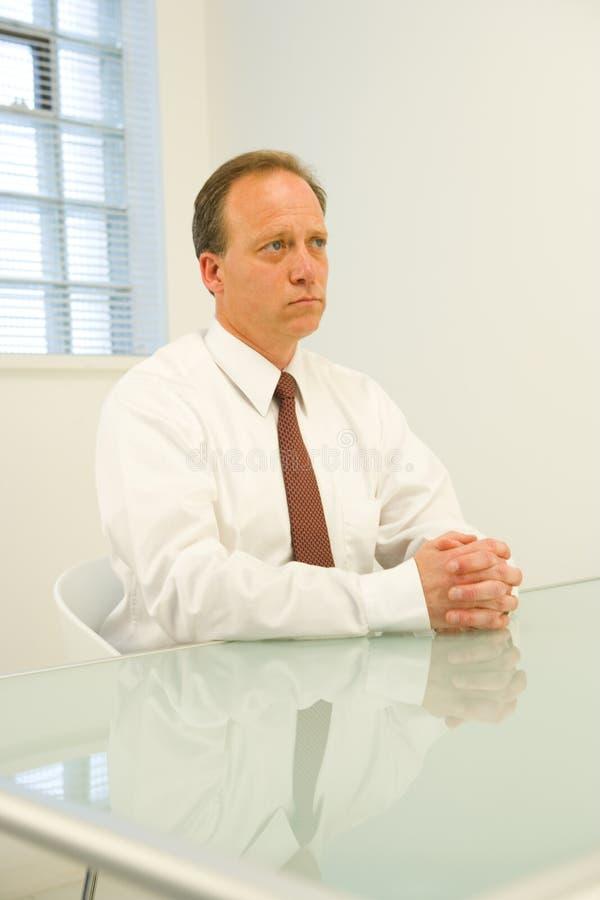 бизнесмен серьезный стоковое изображение rf