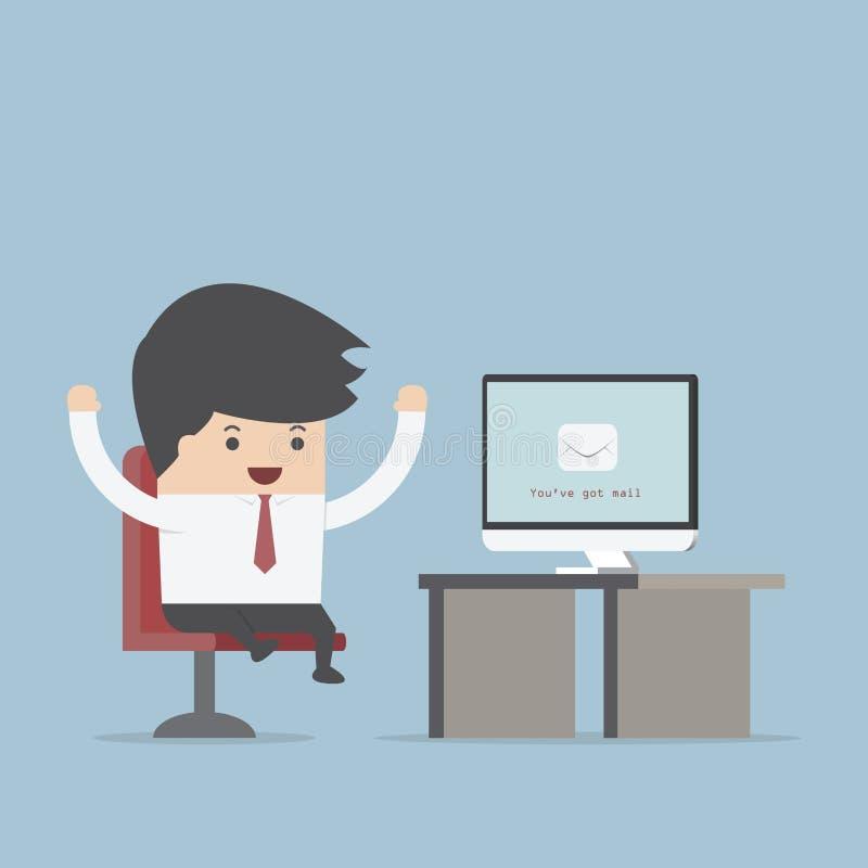 Бизнесмен сидит перед компьютером с конвертом в мониторе, y иллюстрация вектора