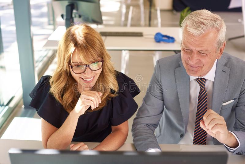 Бизнес-встреча в офисе стоковое фото rf