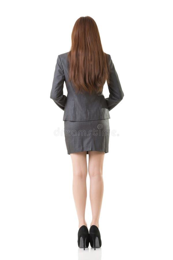 Бизнес-леди вид сзади азиата стоковая фотография