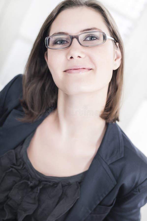 Бизнес-леди детенышей наперсницы стоковое фото rf