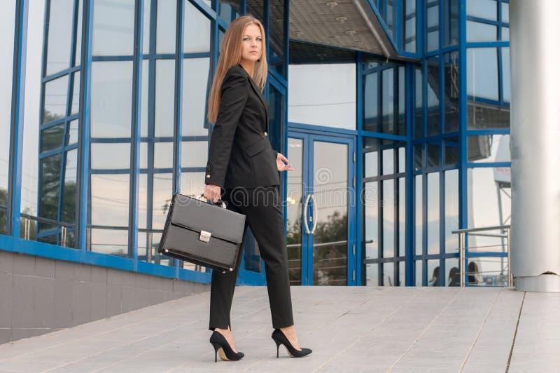 Бизнес-леди стоковая фотография rf