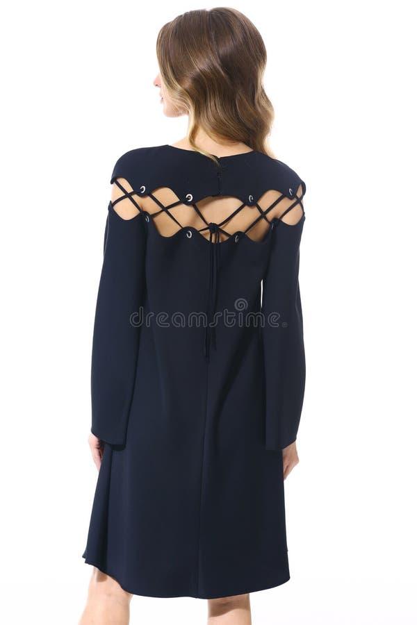 Бизнес-леди менеджера клерка в официально черном конце платья партии шнурка вверх по фото стоковые фотографии rf