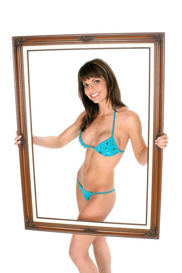 Download бикини обрамило ее белизну стоковое изображение. изображение насчитывающей burnett - 482501