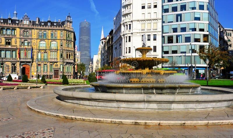 Квадрат Moyua в Бильбао, Испании стоковые изображения