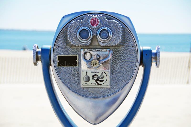 Бинокулярное эксплуатируемое монеткой стоковые фотографии rf