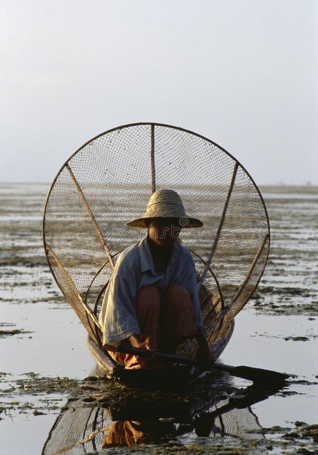 Бирманский сетчатый рыболов стоковые фотографии rf