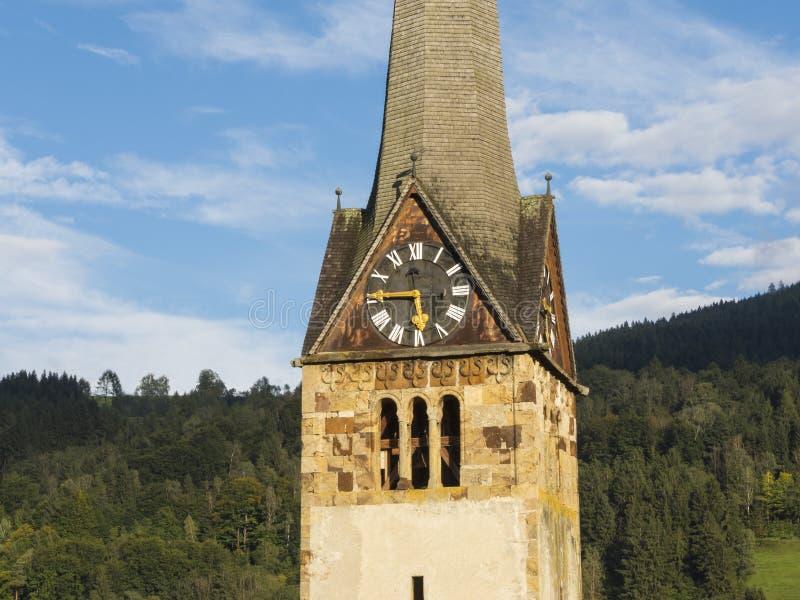 Бишофсхофен, Pongau, земля Salzburger, Австрия, типичная австрийская колокольня стоковая фотография