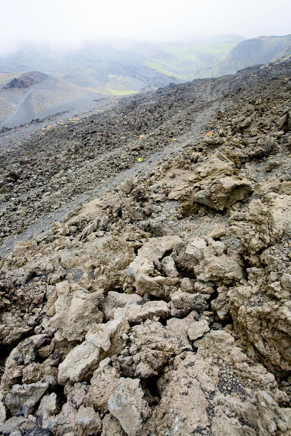 близкая лава etna трясет наклон вверх стоковые фотографии rf