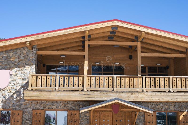 близкая часть дома вверх по деревянному стоковые изображения