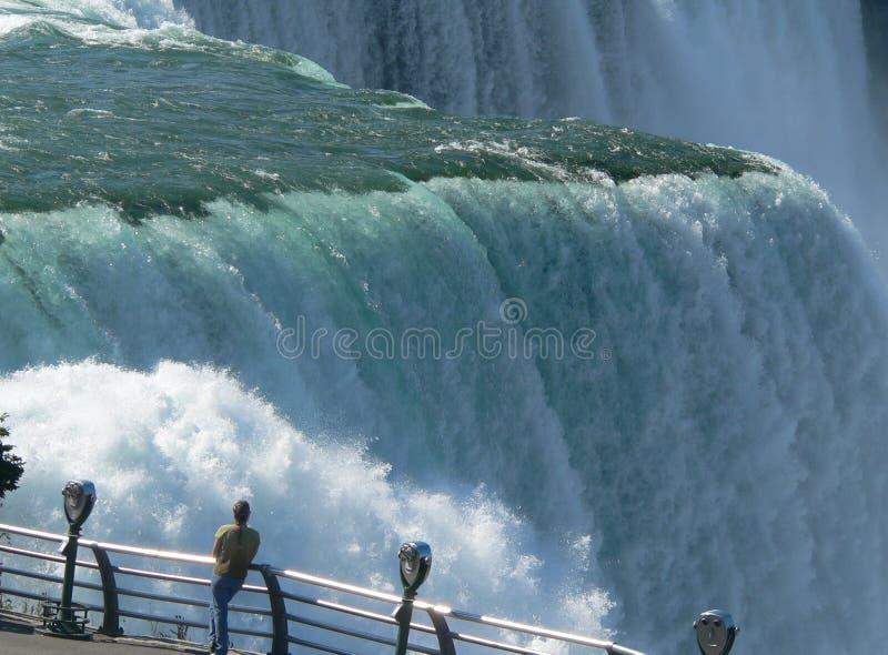 близкий взгляд niagara стоковая фотография rf