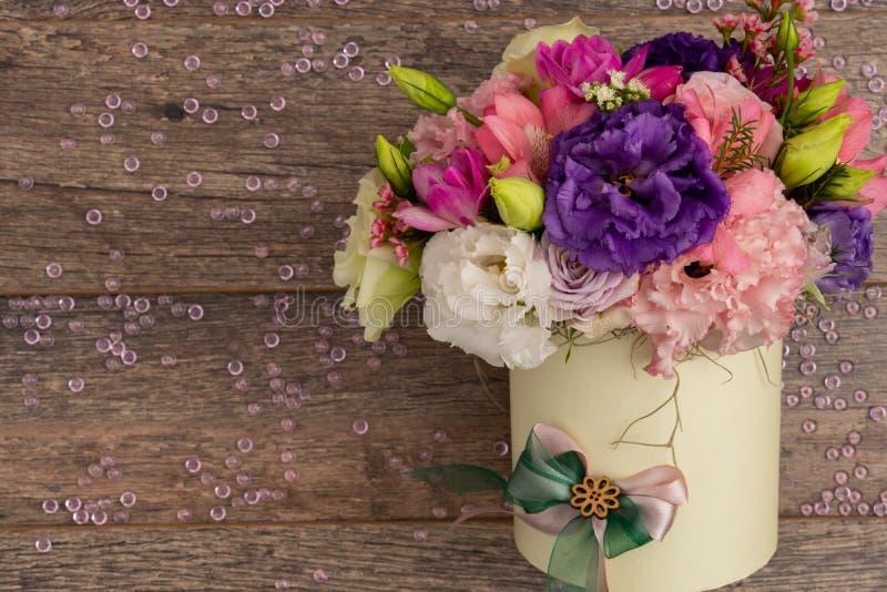 Близкий поднимающий вверх взгляд очень элегантного букета цветков стоковые фотографии rf