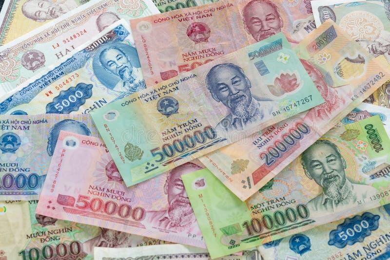 Близкое поднимающее вверх изображение въетнамского Дуна, въетнамского счета денег, валюты Вьетнама стоковая фотография