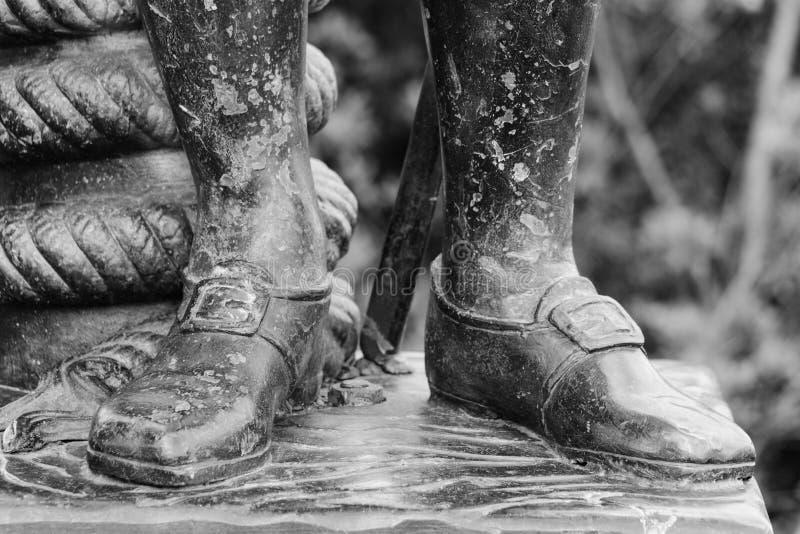 Близкое поднимающее вверх изображение колониальной обуви стоковая фотография rf