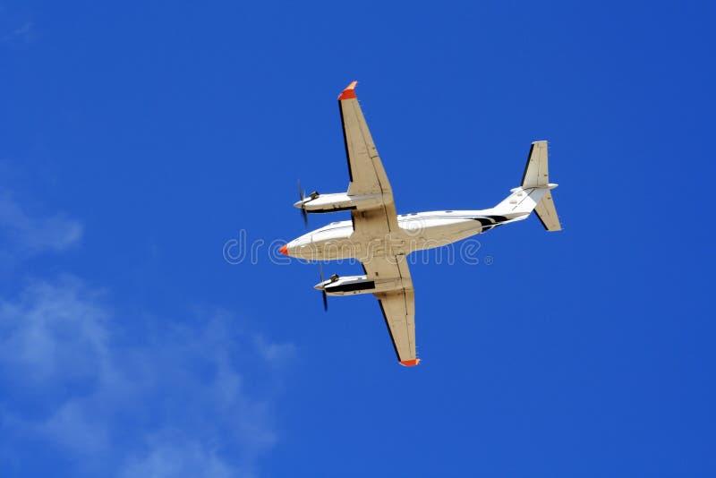 близнец воздушных судн engined светлый стоковые фотографии rf
