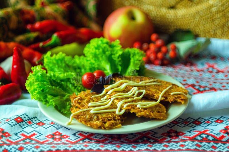 Блюдо национальной кухни стоковое изображение rf