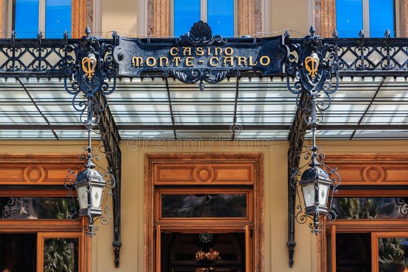 Богато украшенные изобразительные искусства вводят детали в моду известного большого казино или казино Монте-Карло в Монако на Ме стоковые изображения rf