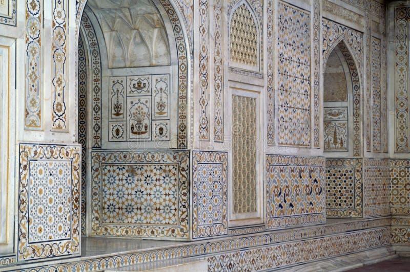 богато украшенный инкрустированное зданием мраморное стоковая фотография rf