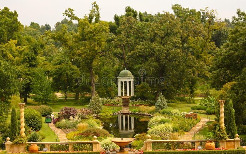 Богато украшенный сады стоковое фото