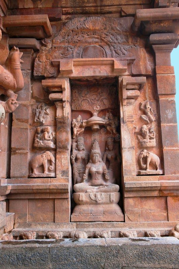 Богиня Lakshmi, южная ниша центральной святыни, висок Brihadisvara, Tanjore, Tamil Nadu стоковое изображение