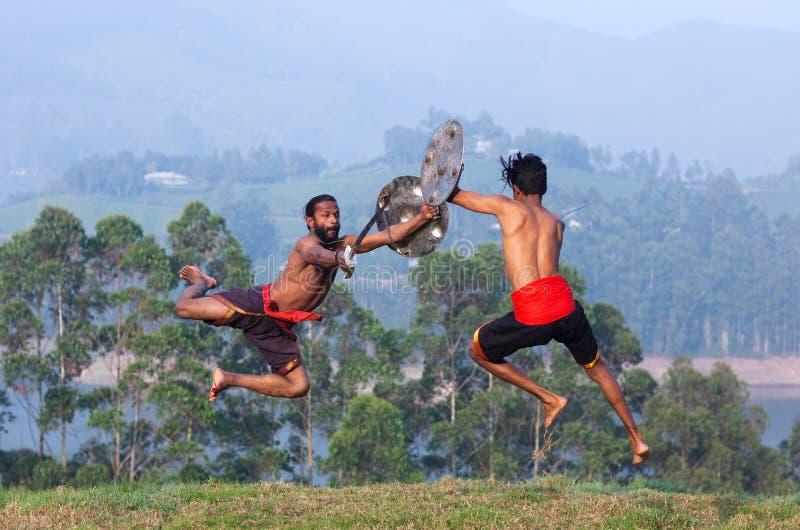 Боевые искусства Kalaripayattu в Керале, Индии стоковые фото