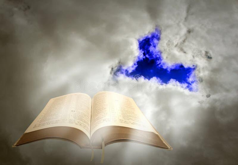 Божественная духовная светлая библия стоковое фото rf