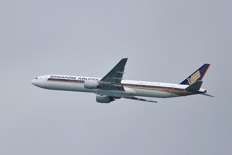 777 Боинг с принимать стоковая фотография rf