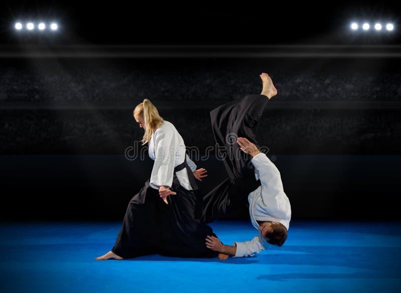 Бойцы боевых искусств стоковое фото