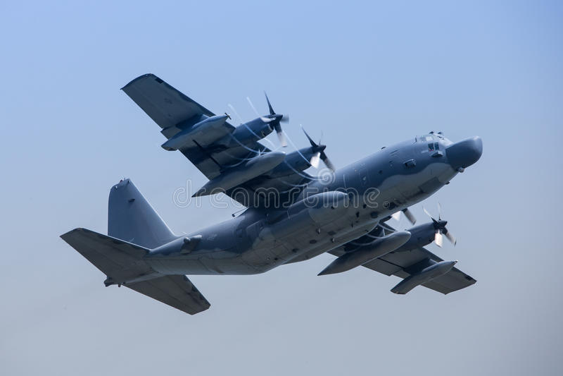 Бой Talcon II Lockheed MC-130H Военно-воздушных сил на Окинаве стоковое фото