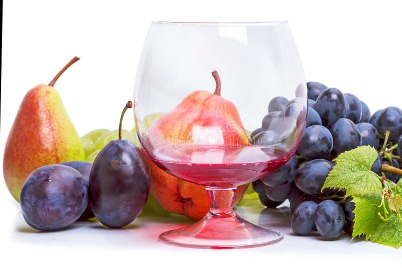 Бокал вина и плодоовощ стоковое изображение