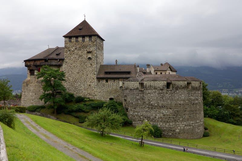 Боковой взгляд замка Вадуц в Лихтенштейне стоковые фото