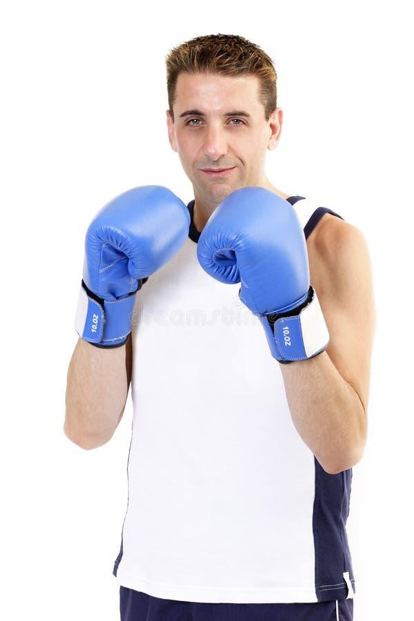 Download боксер стоя ждущ стоковое фото. изображение насчитывающей возможность - 486796