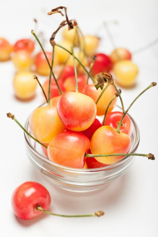 Более дождливые золотые вишни, постарели очень вкусная ягода Десерт диеты стоковое фото