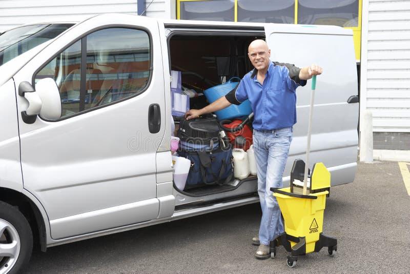 более чистое следующее положение к фургону стоковая фотография rf