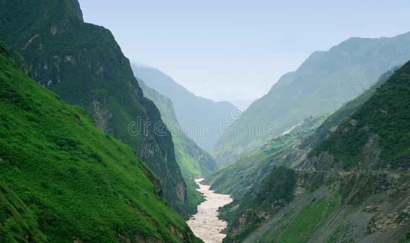 большая гора стоковая фотография rf