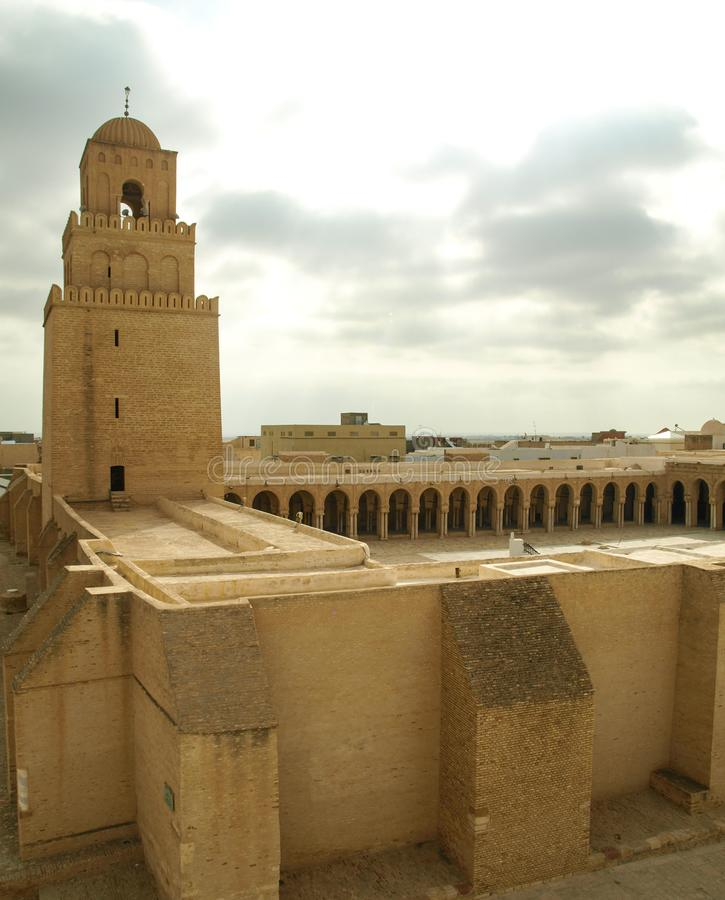 Большая мечеть Kairouan в Тунисе, Северной Африке, всемирном наследии ЮНЕСКО стоковая фотография rf