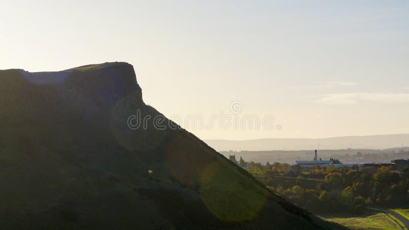 Большая скала с небом утра стоковое фото rf