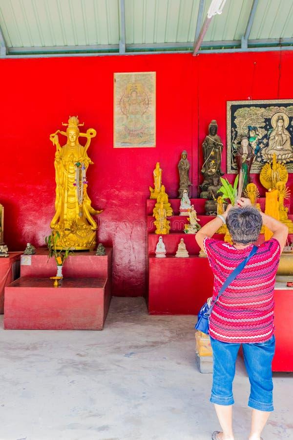 Большая статуя Будды в Phucket Таиланде стоковые изображения