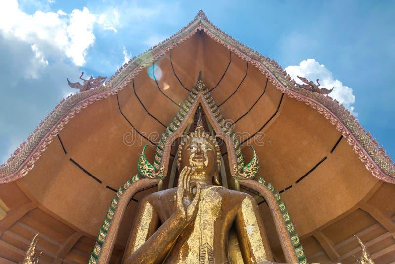 Большая статуя Будды на виске Wat Tham Suea стоковые изображения rf