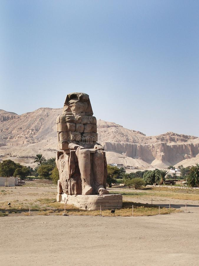 Большие колоссы Memnon, Луксора, Египта стоковое фото