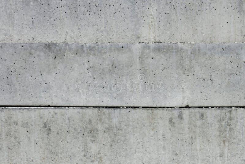 Большие массивнейшие бетонные плиты стоковые фото