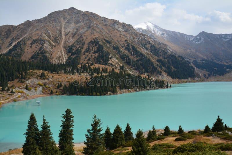 Большое озеро Казахстан Алма-Ата стоковые изображения