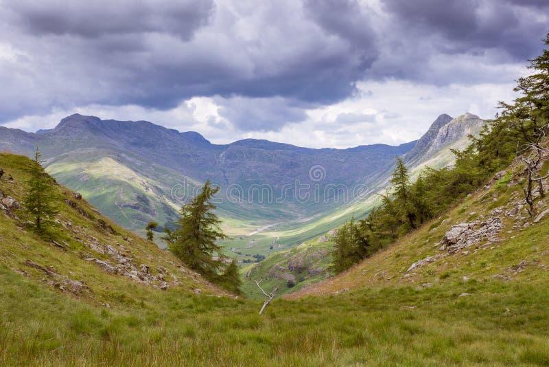 Большое Langdale, район озера, Cumbria, Англия, Великобритания стоковая фотография rf