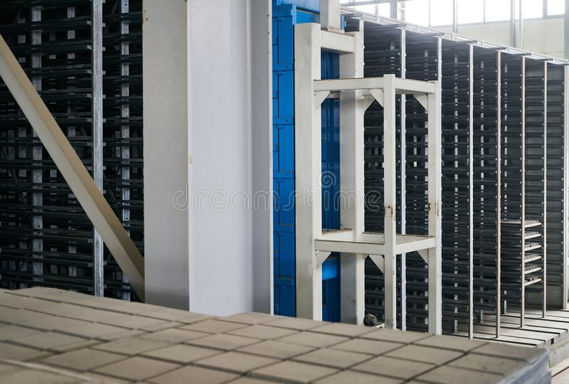 Большой ангар склада фабрики стоковое изображение