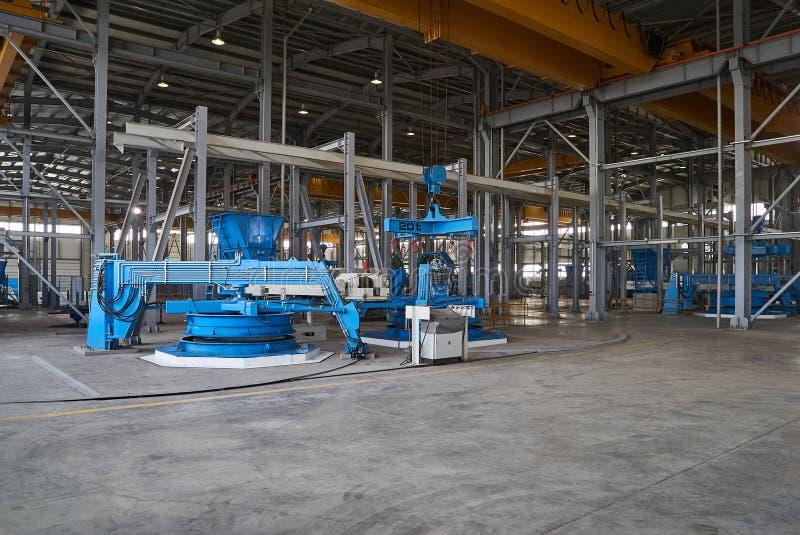 Большой ангар склада фабрики стоковые изображения