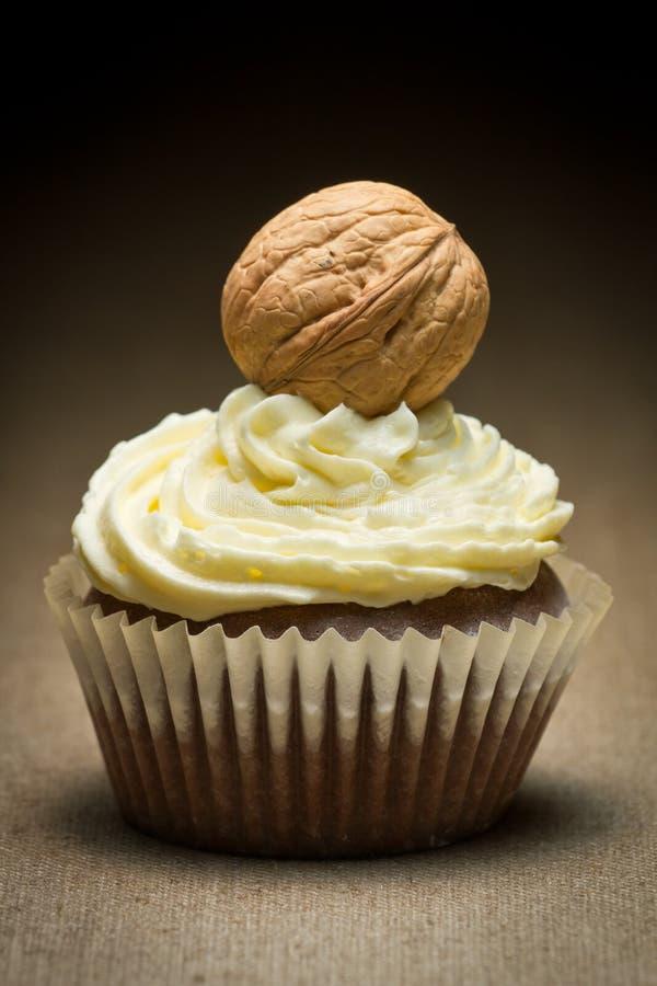 большой коричневый cream грецкий орех ванили булочки стоковая фотография