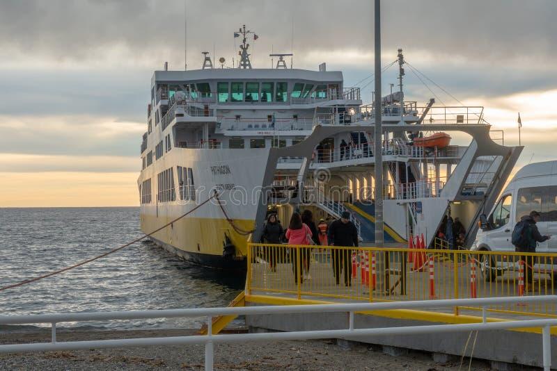 Большой пассажирский корабль стоковое фото rf