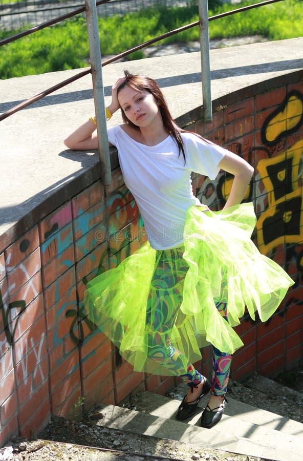 большой подросток девушки города стоковая фотография